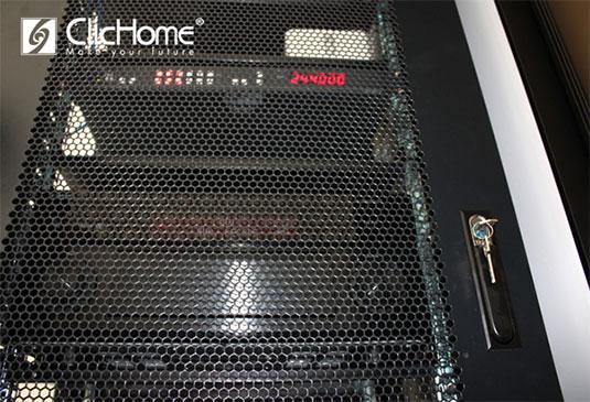 mobile rack per nascodere le elettroniche